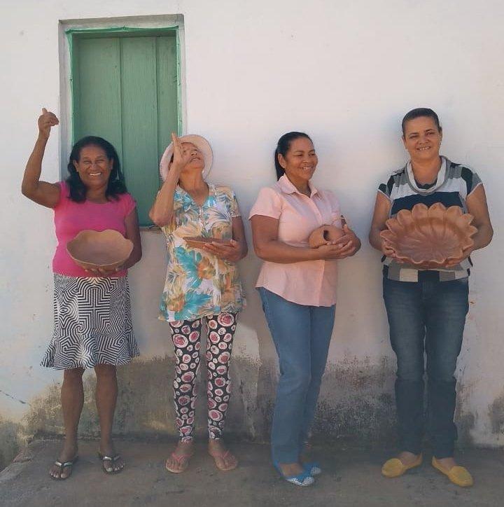 8M: as mulheres da arte popular brasileira!